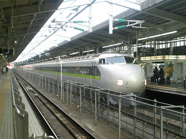 新大阪にて