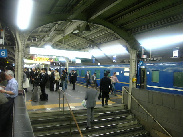 大阪駅10番線
